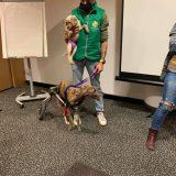 Hoy hemos estado con GRETA y JIMENA en el seminario de neurología de Aeva que imparte nuestro veterinario Miguel Angel Marin.